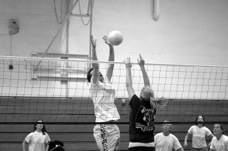 The registration/organizational meeting for the Town of Greenwich, Parks and Recreation Dept.' co-ed volleyball league is set for Sept. 6, at 7 p.m. at the Bendheim Western Greenwich Civic Center, 449 Pemberwick Rd. Above is action from earlier league play. Photo: Contributed Photo / Contributed Photo / Greenwich Citizen