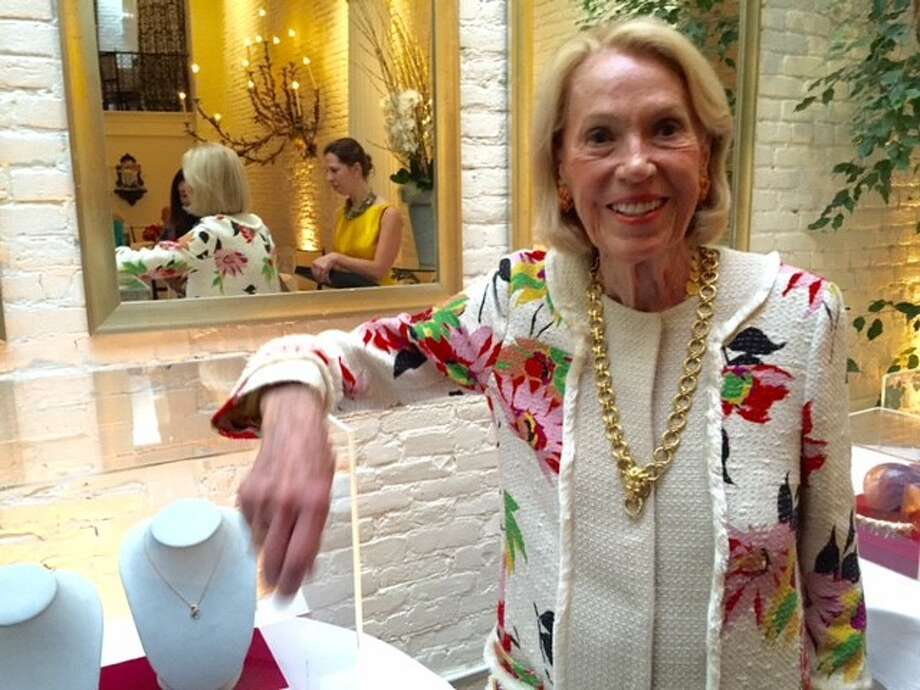 Charlotte Shultz models Nancy Reagan necklace to be auctioned