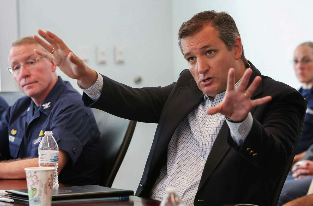 Sen. Ted Cruz visits the Port of Houston Authority, Bayport Container Terminal, for a roundtable discussion with port officials and community leaders Tuesday, Aug. 23, 2016, in Pasadena. ( Steve Gonzales / Houston Chronicle )