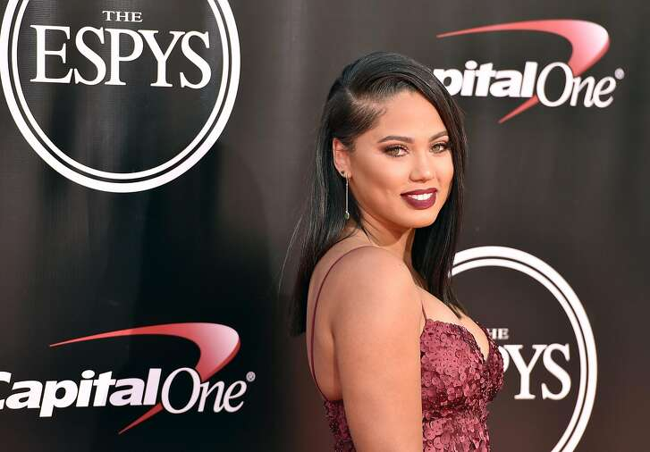 Ayesha Curry arrives at the ESPY Awards at the Microsoft Theater on Wednesday, July 13, 2016, in Los Angeles. (Photo by Jordan Strauss/Invision/AP)