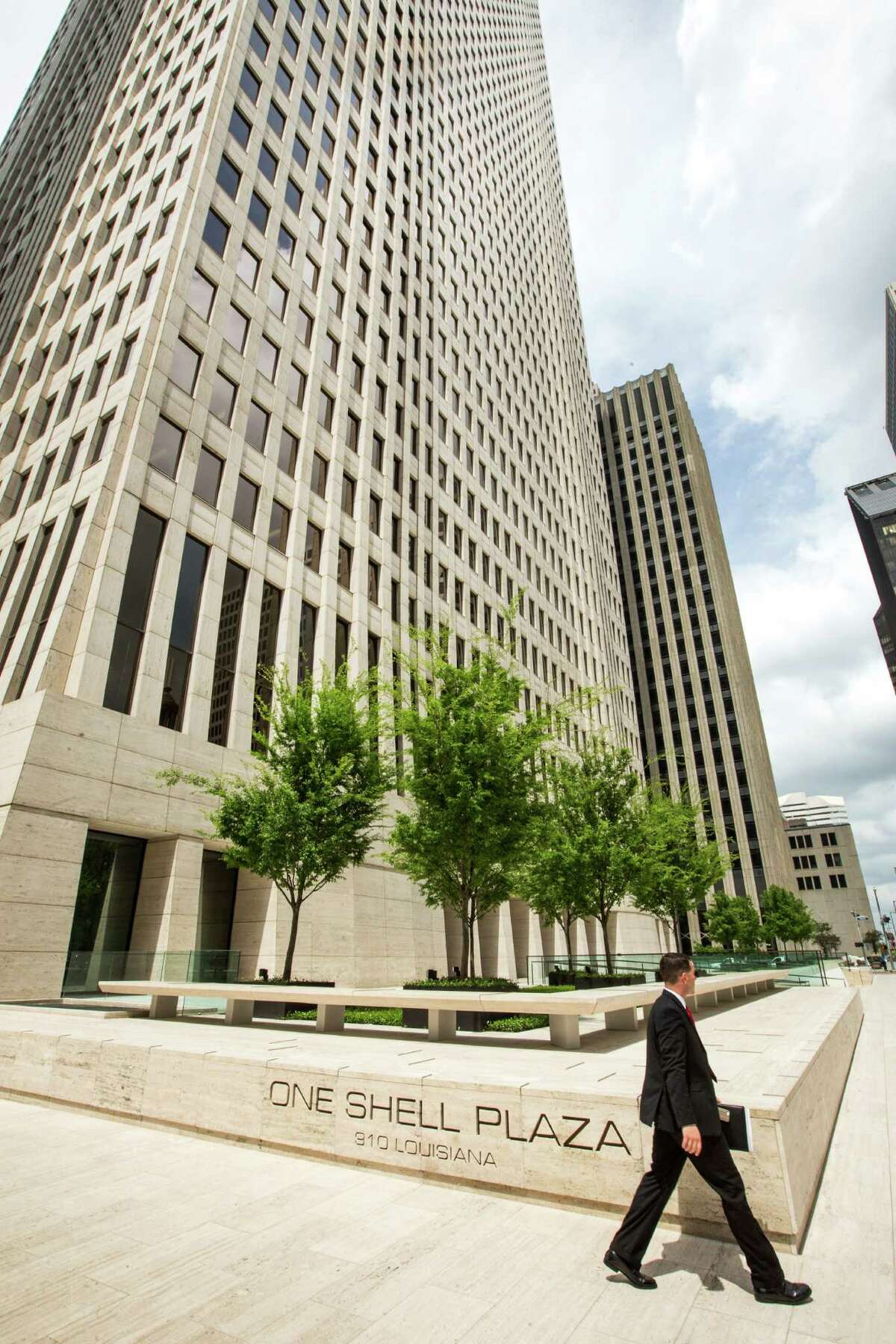 Today, One Shell Plaza is the 10th-tallest building in downtown. Keep clicking to see where Houston companies rank on the Fortune 500.