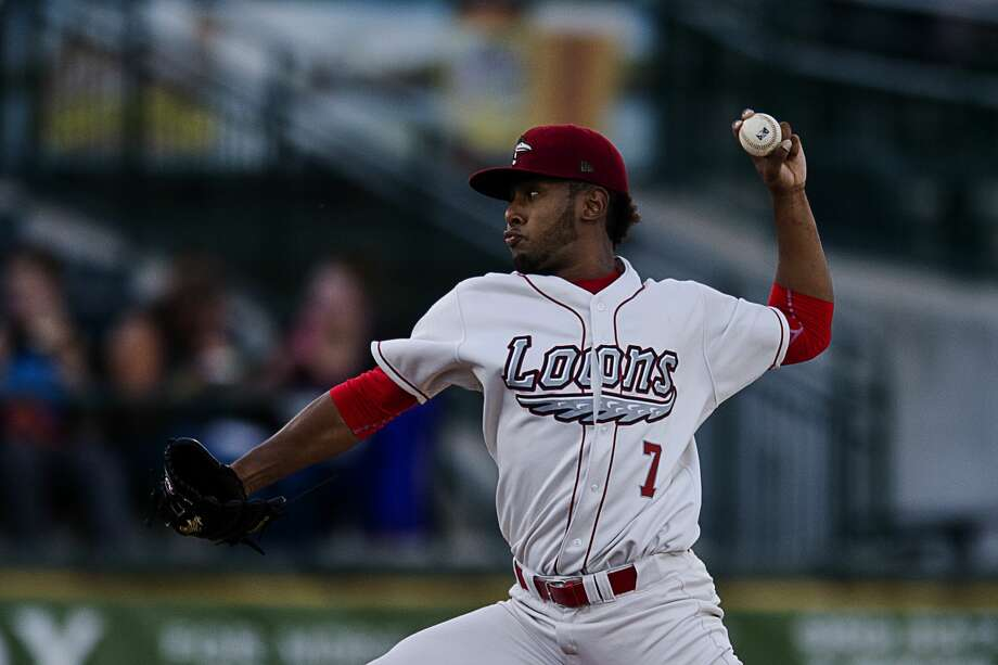 Great Lakes Loons' Leonardo Crawford pitches during a game against the Fort Wayne TinCaps on Tuesday at Dow Diamond. Photo: Erin Kirkland/Midland Daily News