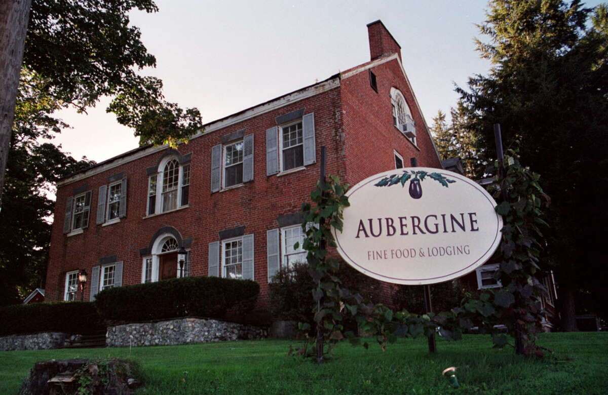 Augbergine opened in the 1990s in a Dutch Colonial brick building that was constructed in 1783 and was formerly L'Hostellerie Bressane. It received a rare four-star rating from the Times Union.