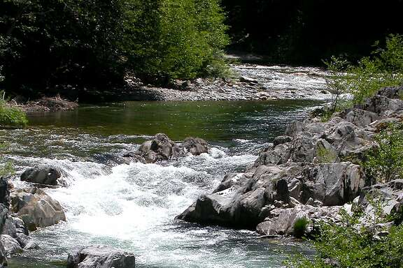 The North Yuba River runs 25 miles along Highway 49 in the north Sierra Nevada, including a gorgeous section from Sierra City to Downieville and the foothills of the Sierra.