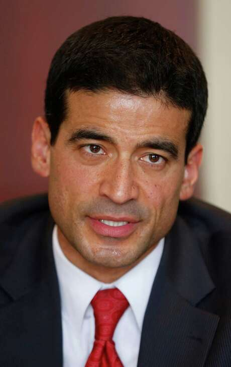 "Democratic District Attorney candidate Nicolas ""Nico"" LaHood talks Friday Jan. 17, 2014 to the San Antonio Express-News Editorial Board. Photo: William Luther, Staff / San Antonio Express-News / @2014 San Antonio Express-News"