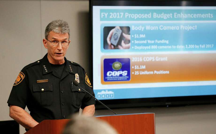 "Police Chief William McManus: ""No fact-based reasons"" for increases in violent crime. Photo: Kin Man Hui /San Antonio Express-News / ©2016 San Antonio Express-News"