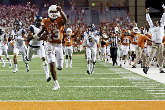 UT's Jerrod Heard hopes he'll be pointed toward the end zone a lot more this season as a receiver.