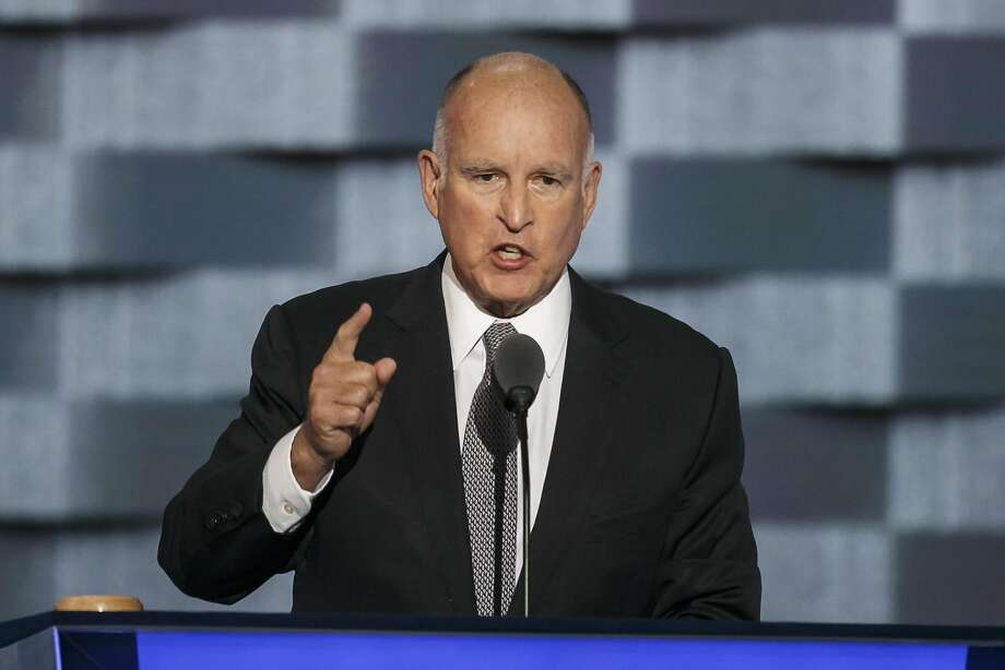Gov. Jerry Brown says 50 hours unpaid work from new lawyers would be too burdensome. Photo: Marcus Yam, TNS