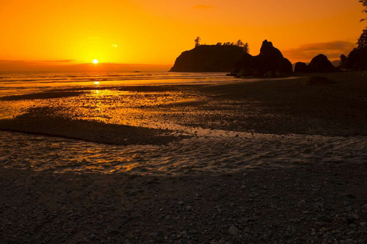 Sunset at Ruby Beach on the Olympic Peninsula in the Olympic National Park.