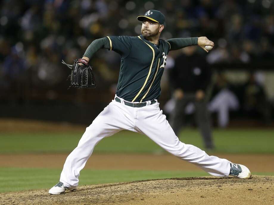 FILE-- Oakland Athletics pitcher Marc Rzepczynski works against the Chicago Cubs during the ninth inning of a baseball game Friday, Aug. 5, 2016, in Oakland. The Cubs won 7-2.  Photo: Ben Margot, Associated Press