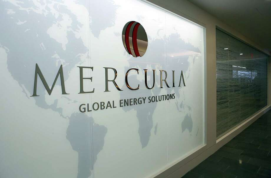 Mercuria this month combined railways, barges, pipelines, trucks and an expensive ship-to-ship transfer in the Caribbean to transport U.S. crude to Africa for storage, joining other oil traders finding increasingly innovative ways to export U.S. crude. Photo: Houston Chronicle /File Photo / © 2014 Houston Chronicle