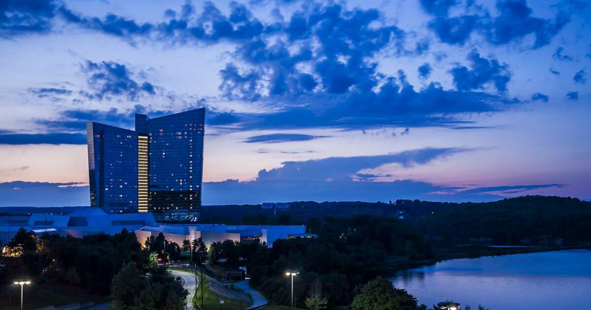 Mohegan Sun Casino Uncasville, Conn. Deals: Veterans receive discounts on food, shopping, hotel and more. A parade is and a