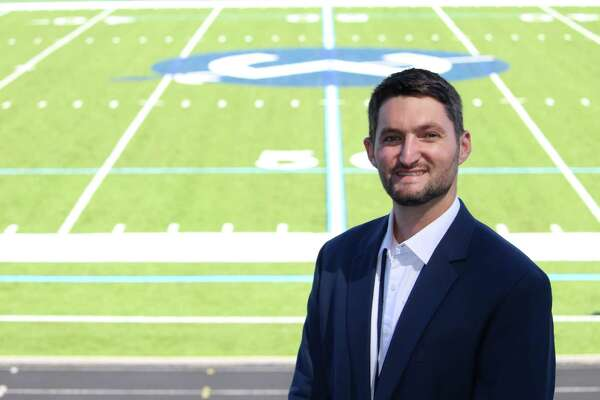 Nicholas Loafman has been named the new band director of Wilton High School. He previously worked as the band director of Mt. Vernon Township High School in Mt. Vernon, Ill., for six years.