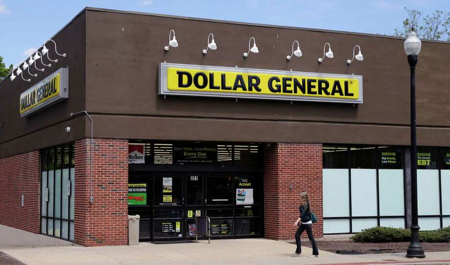 Dollar General said a cut in food-stamp benefits in several states kept its customers away. Photo: Charles Krupa /Associated Press / Copyright 2016 The Associated Press. All rights reserved. This material may not be published, broadcast, rewritten or redistribu