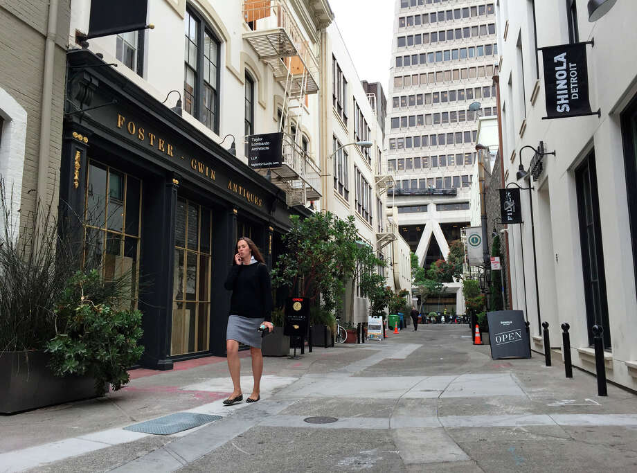 Foster-Gwin Art & Antiques near the Transamerica Pyramid was burglarized during a recent renovation.