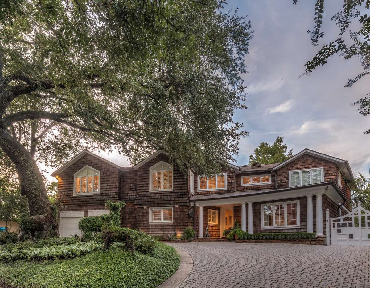 River Oaks***(area included top ranked schools)Median Home Price: $2.18 million Annual Salary needed: $600,592