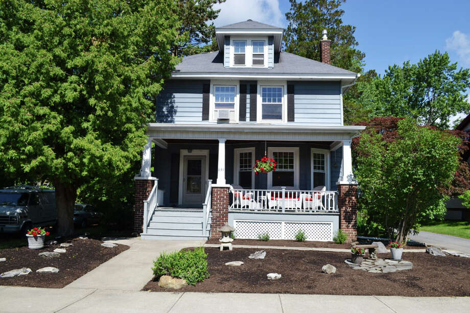 House of the Week: 835 Lakewood Ave., Schenectady | Realtor:  Marion DeSantis of RealtyUSA | Discuss: Talk about this house Photo: Marion DeSantis
