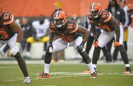FILE - In this Jan. 3, 2016, file photo, Cleveland Browns outside linebacker Barkevious Mingo (51) lines up against the Pittsburgh Steelers during a kickoff of an NFL game, in Cleveland. A person familiar with the deal says the Browns are trading disappointing linebacker Barkevious Mingo to the New England Patriots. The sides agreed to the deal on Thursday, Aug. 25, 2016, the person told The Associated Press on condition of anonymity because the trade has not been finalized. ESPN.com first reported the deal. (AP Photo/David Richard, File)
