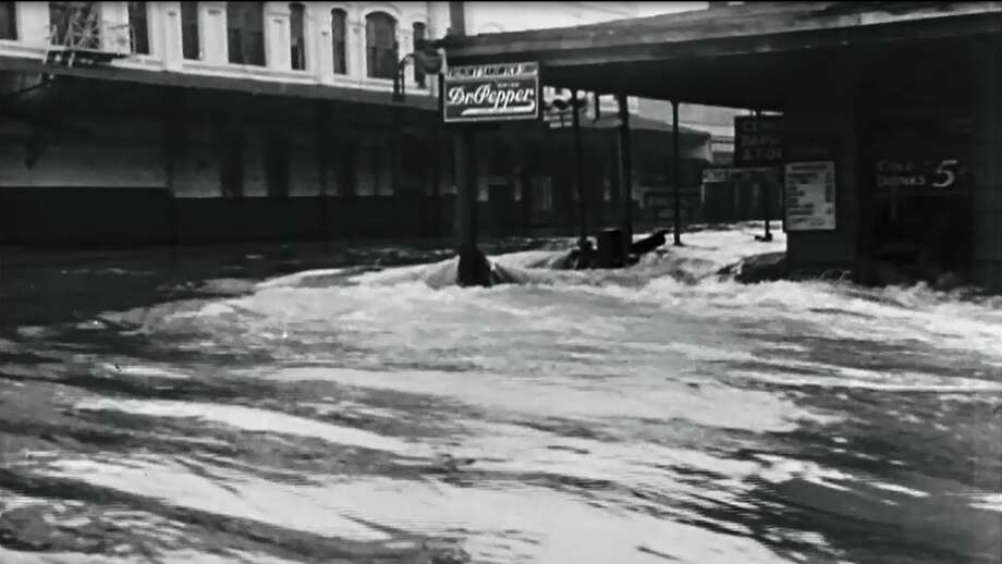 Flood waters completely overtook the streets of Houston in the 1930's. Photo: Getty Images