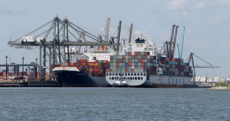 The Barbours Cut Container Terminal is shown from the Upper Galveston Bay Wednesday, Aug. 10, 2016. ( Melissa Phillip / Houston Chronicle ) Photo: Melissa Phillip, Staff / © 2016 Houston Chronicle