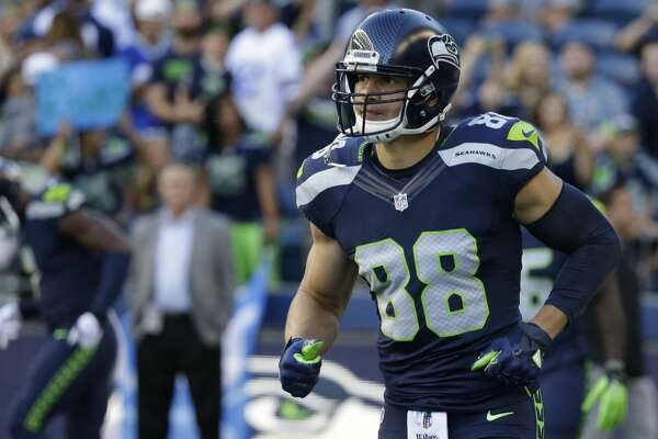 Seattle Seahawks tight end Jimmy Graham runs on the field during warmups before a preseason NFL football game against the Dallas Cowboys, Thursday, Aug. 25, 2016, in Seattle. (AP Photo/Elaine Thompson)