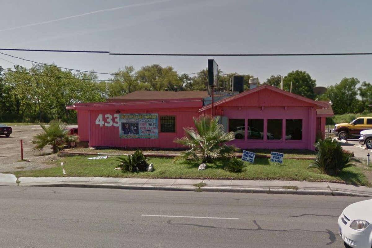 Milo's Restaurant: 4334 Culebra Road, San Antonio, TX 78228 Date: 09/18/2017 Score: 76 Highlights: Inspector observed