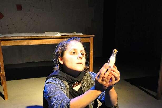 Becky Raeta as Mayra.