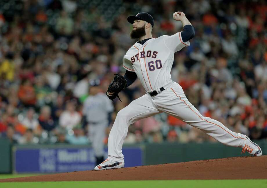 Houston Astros starting pitcher Dallas Keuchel (60) pitches in the first inning against Tampa Bay Rays on Saturday, Aug. 27, 2016, in Houston. Astros lead the series 1-0. Photo: Elizabeth Conley, Houston Chronicle / © 2016 Houston Chronicle