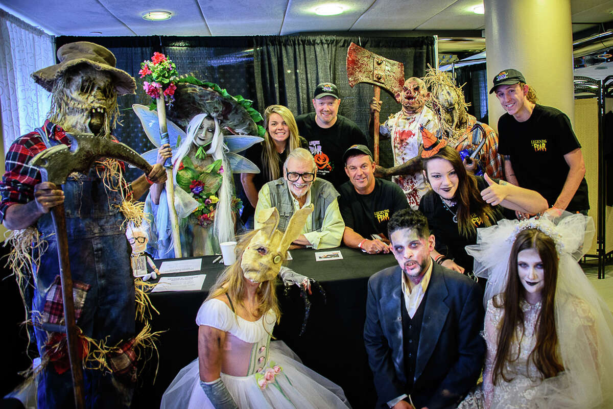 Connecticut Horror Fest, hosted by Horror news Network, was held at the Matrix Conference Center in Danbury on August 27, 2016. Fans met horror celebrities, shopped vendors and participated in costume contests. Were you SEEN?