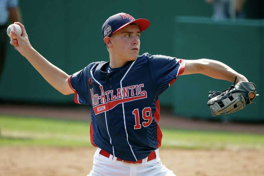 Endwell, N.Y.'s Ryan Harlost delivers during the third inning of the Little League World Series Championship baseball game against South Korea in South Williamsport, Pa., Sunday, Aug. 28, 2016. Photo: Gene J. Puskar, AP / Copyright 2016 The Associated Press. All rights reserved. This material may not be published, broadcast, rewritten or redistribu