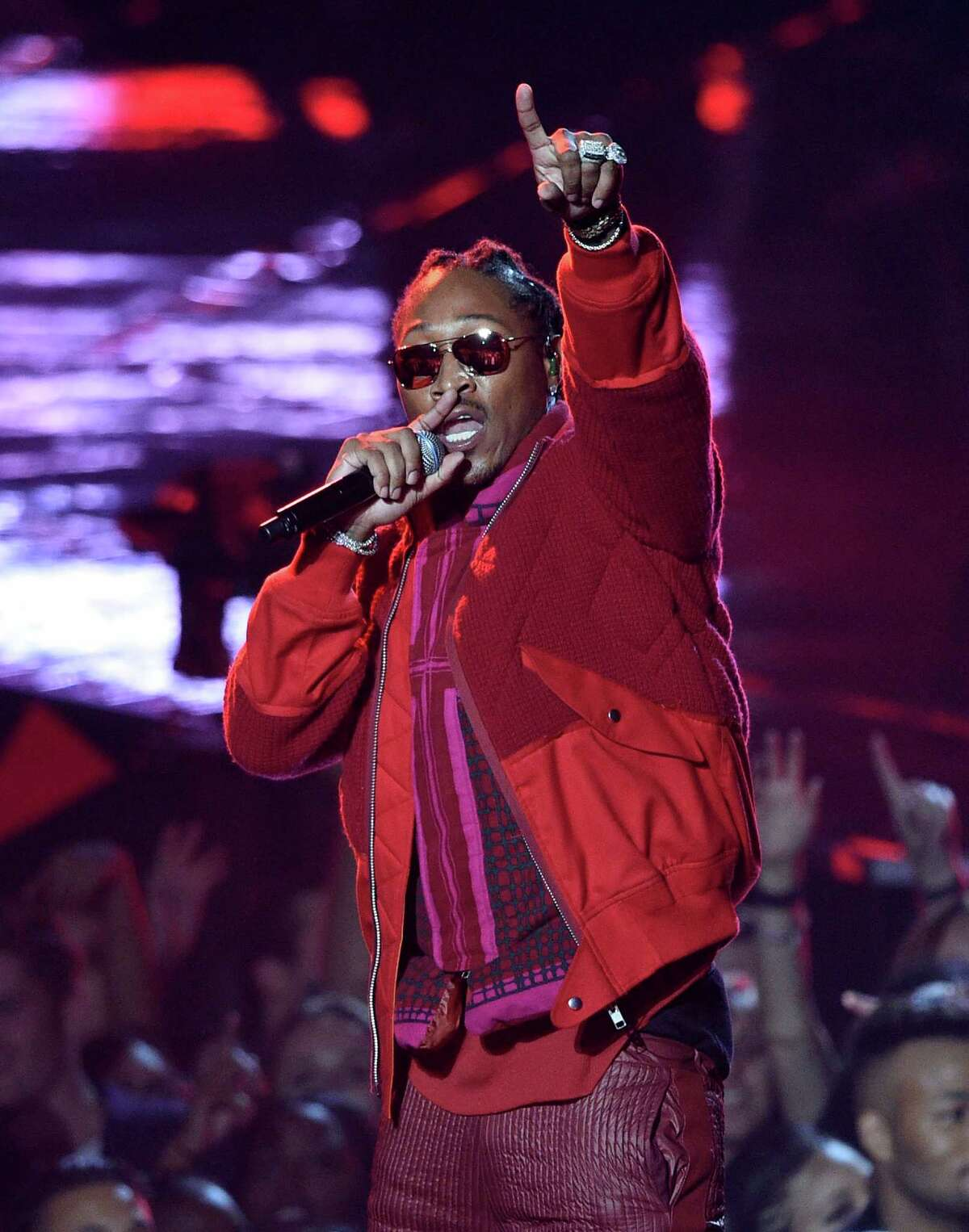 Future performs at the MTV Video Music Awards at Madison Square Garden on Sunday, Aug. 28, 2016, in New York. (Photo by Chris Pizzello/Invision/AP)