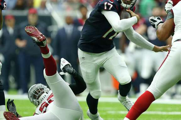 Texans quarterback Brock Osweiler shows some footwork to go with his accurate passing Sunday.