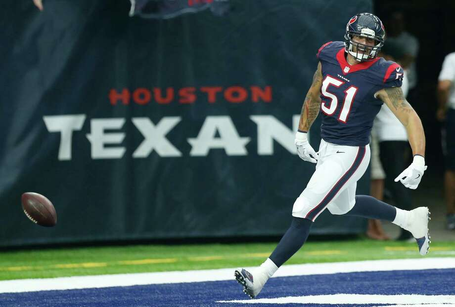 Linebacker John Simon knows how to find the end zone and trails only kicker Nick Novak in points scored for the Texans this preseason. Photo: Brett Coomer, Staff / © 2016 Houston Chronicle