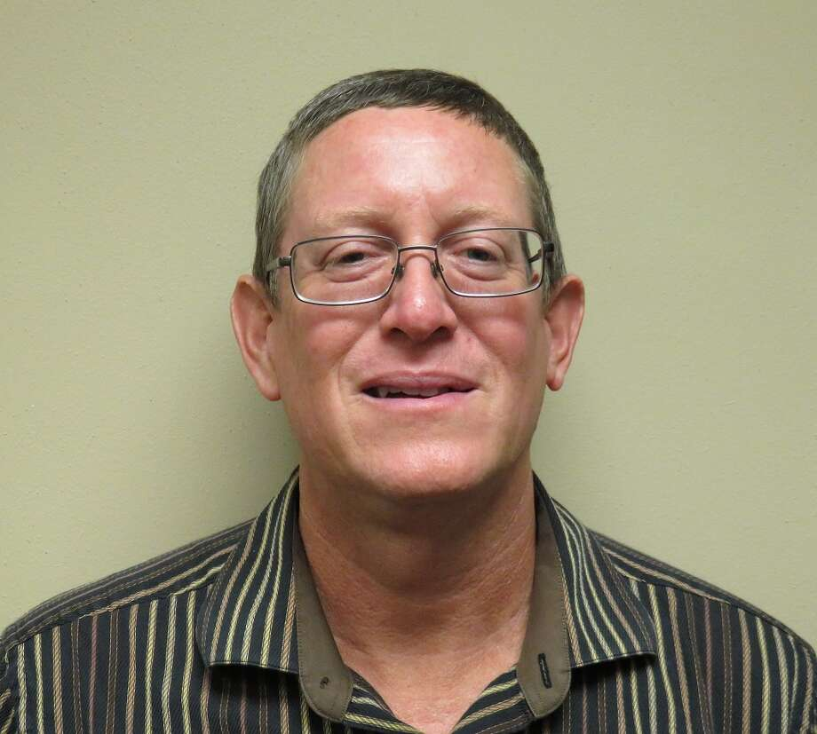 Richard D. Newton was elected to Mobiloil Credit Union's board of directors.