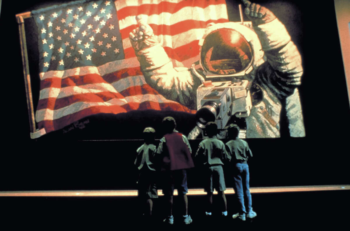 Space Center Houston teaches about the U.S. space program.