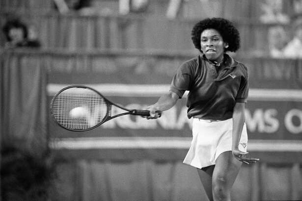 01/11/1983 - Zina Garrison in match against Andrea Jaeger at the 1983 Virginia Slims tennis tournament in the Astroarena.