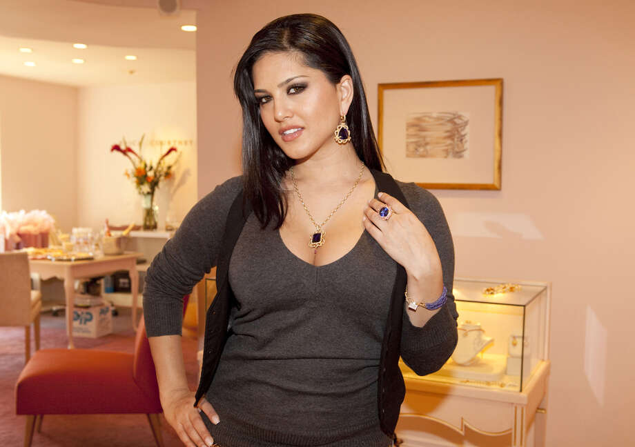 Porn Star Sunny Leone Changing Bollywoods Views On Sex - Sfgate-4258