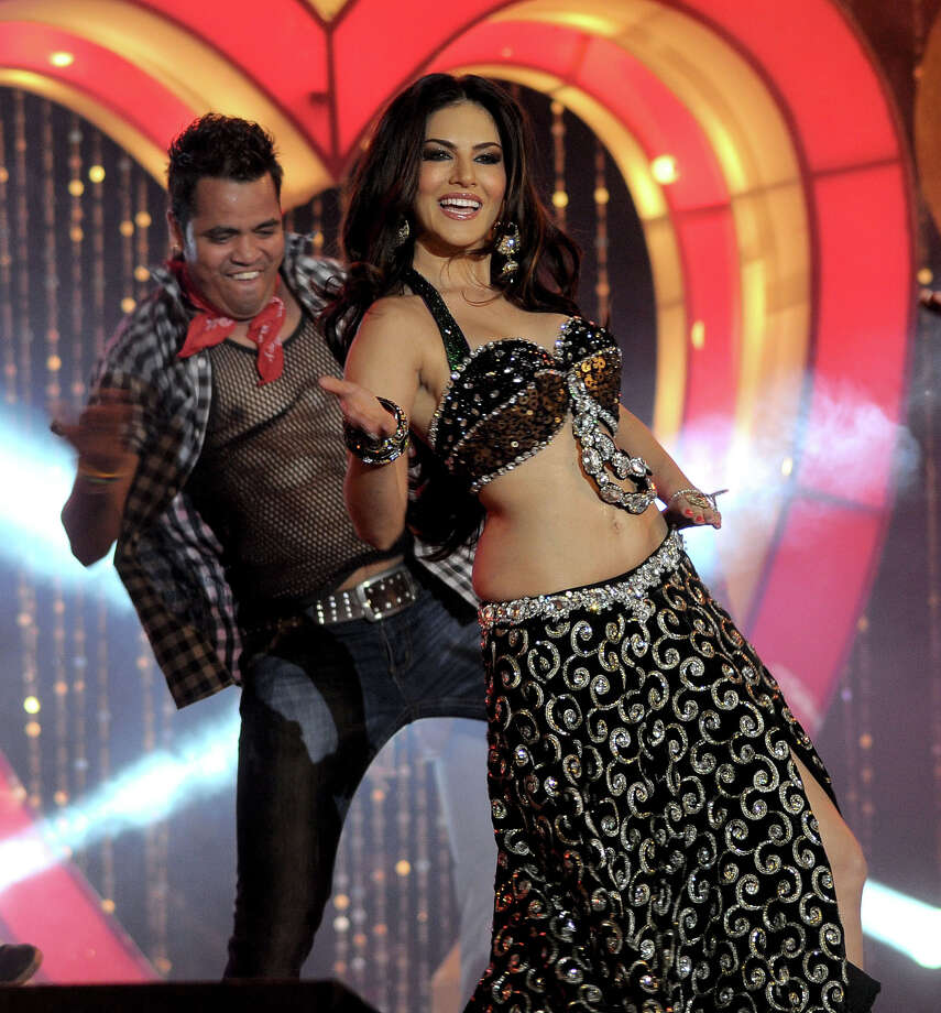 Porn Star Sunny Leone Changing Bollywoods Views On Sex - Houston Chronicle-2766