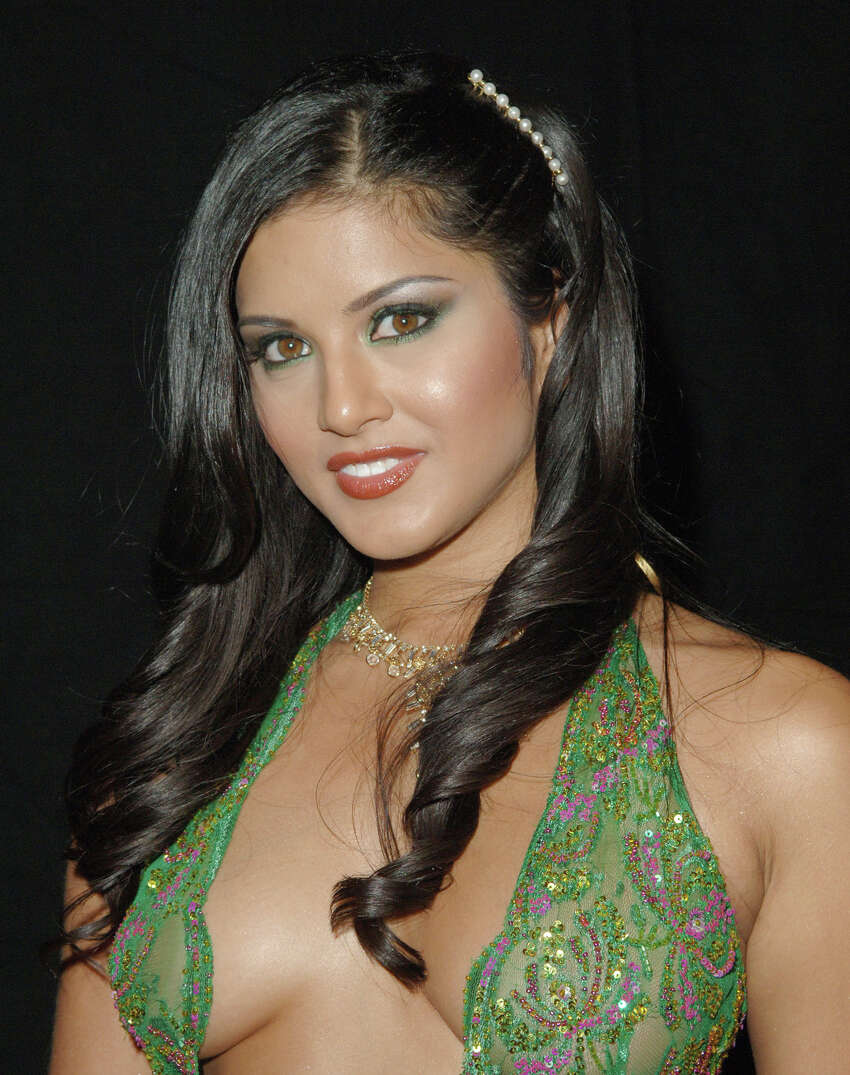Porn Star Sunny Leone Changing Bollywoods Views On Sex-3913