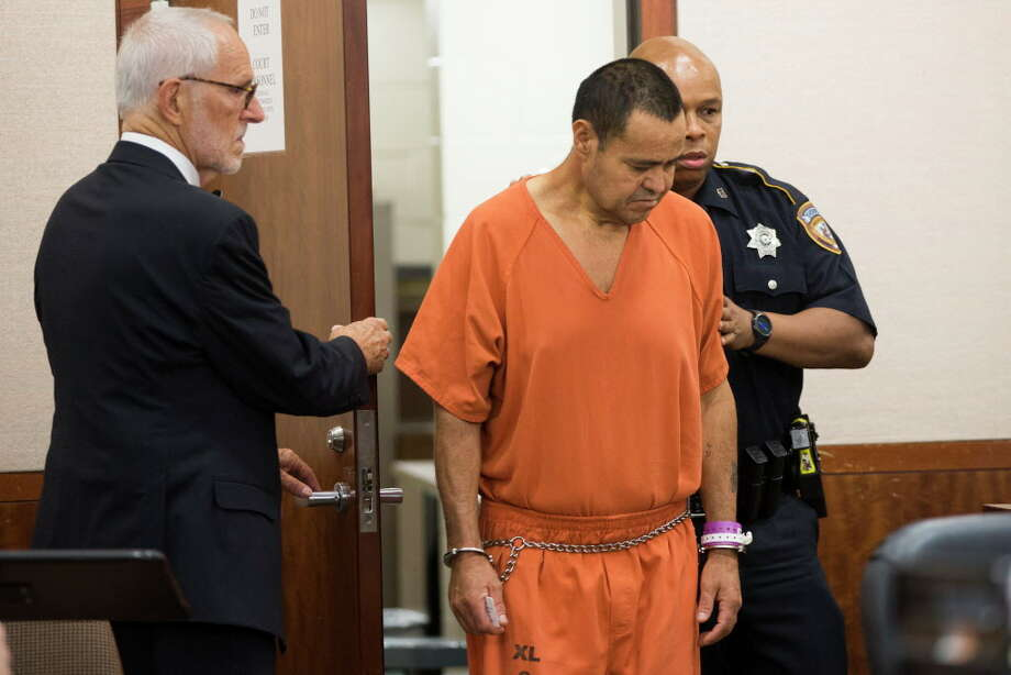 Murder suspect Alfredo Rameriz-Rosas is brought into the 339th District Criminal Court, Tuesday, Aug. 30, 2016, in Houston. Rameriz-Rosas was captured in Mexico after he was charged with the brutal murder of a retired Tomball teacher more than 20 years ago. Photo: Marie D. De Jesus, Houston Chronicle / © 2016 Houston Chronicle