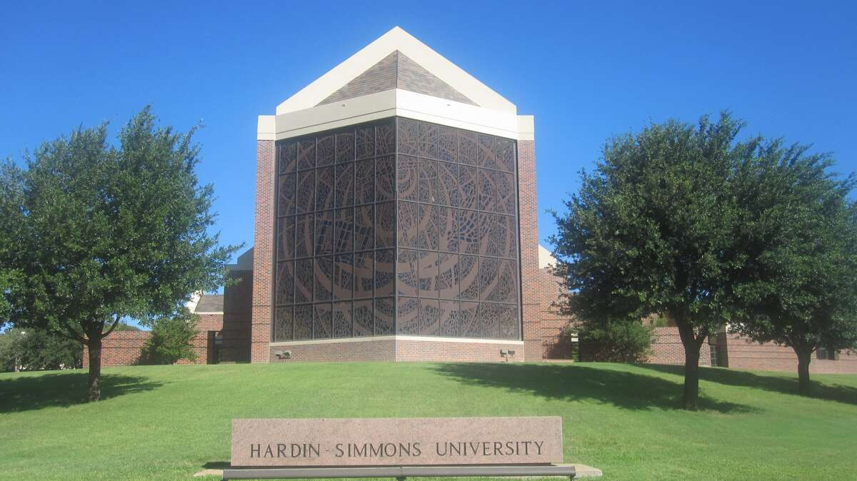 28. Hardin-Simmons University - Abilene Campus crime rate: 1 per 1000 Local crime grade: C+ Student survey on safety: 4.0 out of 5 Alcohol-Related Arrests: 0 per 1000 Source: Niche