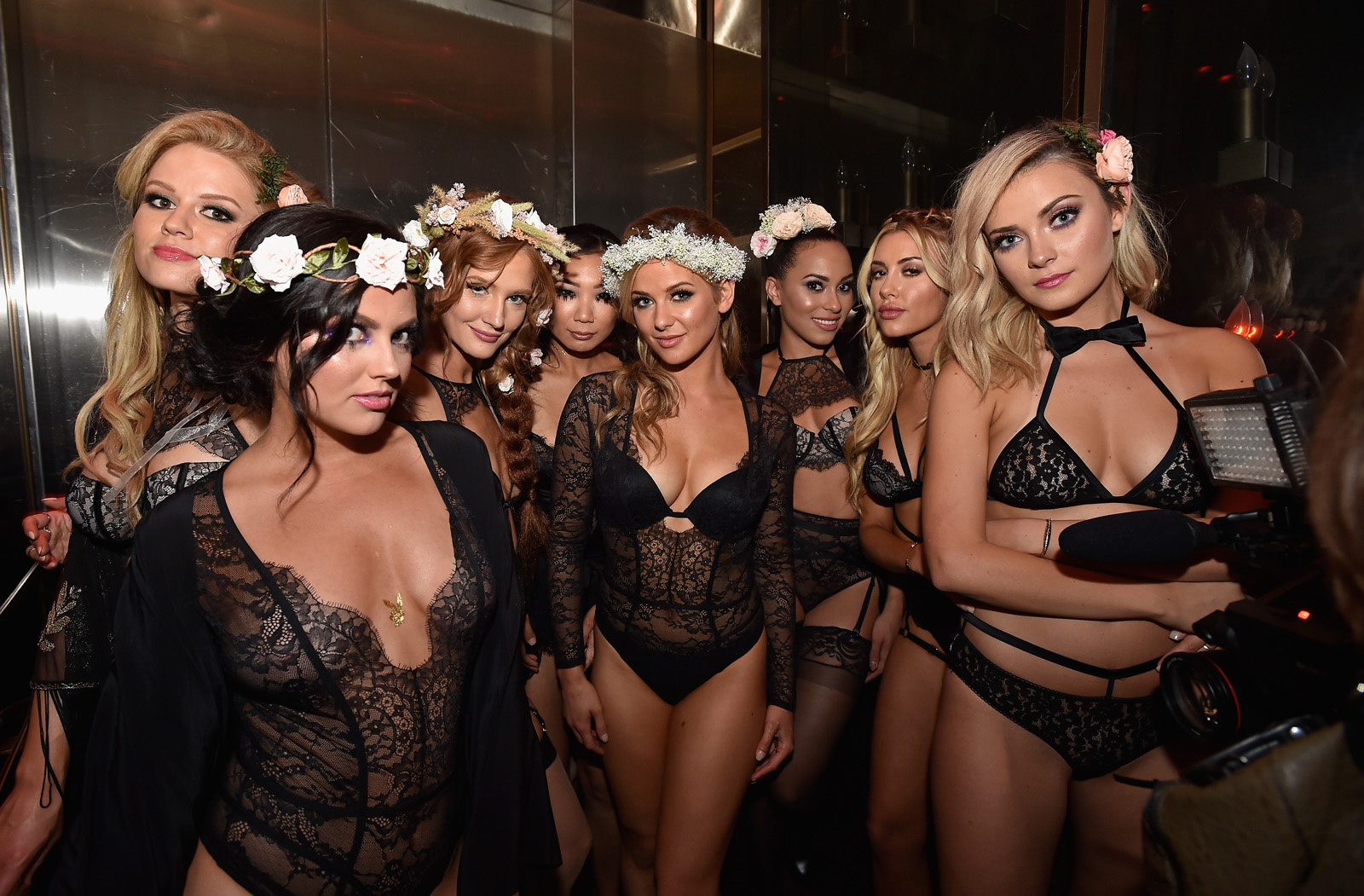 Playboy S Sexy Midsummer Night S Dream Party Lights Up Las