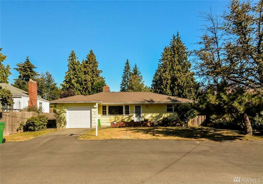 The first home, at 4248 N.E. 113th St., is listed for $475,000.The two-bedroom, ¾-bathroom home is in the Meadowbrook neighborhood. The one-story home was built in 1950 and is just steps from Lake Washington.You can see the full listing here. Photo: Photos By Darryl Eng, Listing Courtesy Tim Higgins, RSVP Real Estate
