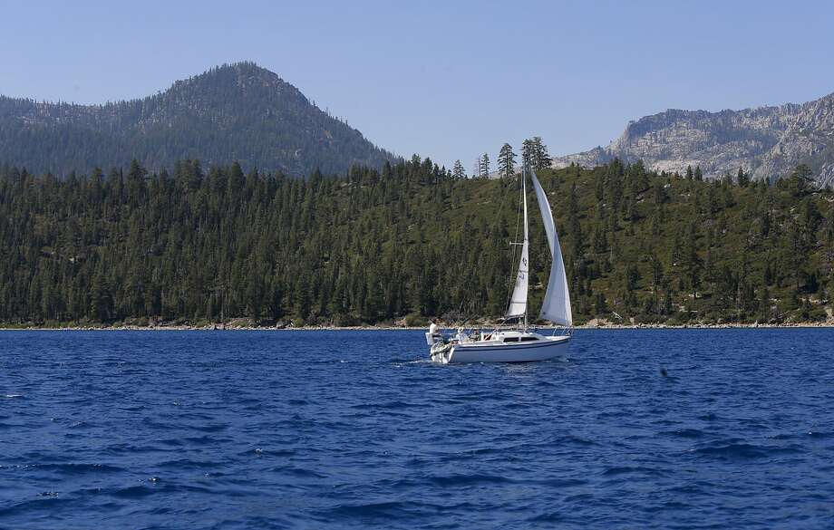 Sailing the blue waters of Lake Tahoe, California on Tuesday Aug. 30, 2016. Lake Tahoe saw a huge jump in water last year, from Dec. 9 to 11. Photo: Michael Macor, The Chronicle