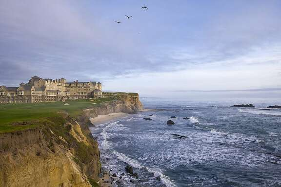 The 18th hole of the Old Course and the Ritz-Carlton Half Moon Bay