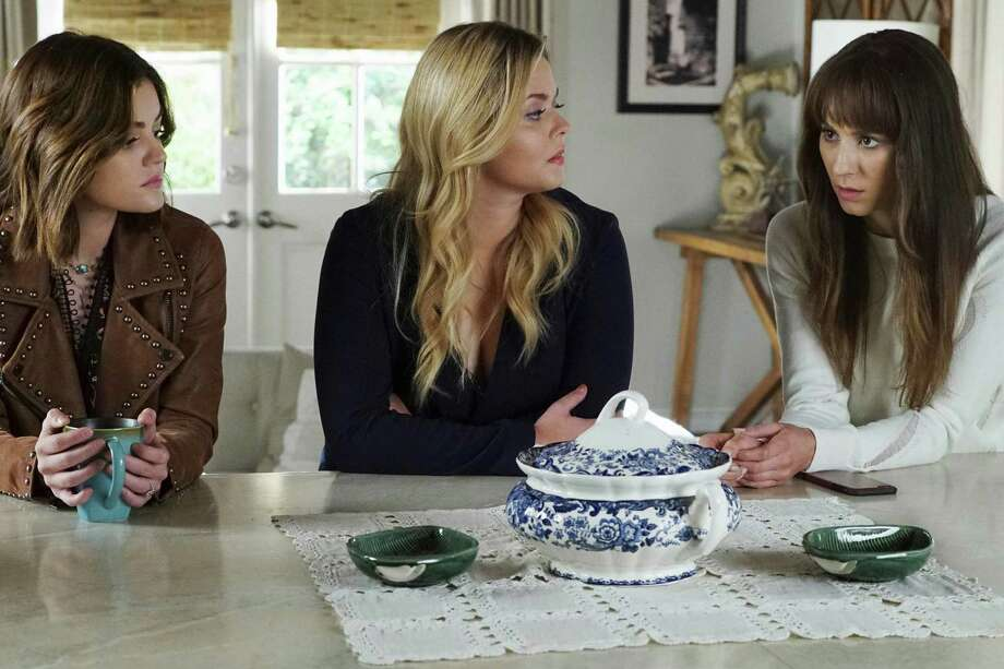 'Pretty Little Liars' Tell-All Special To Air After Series Finale