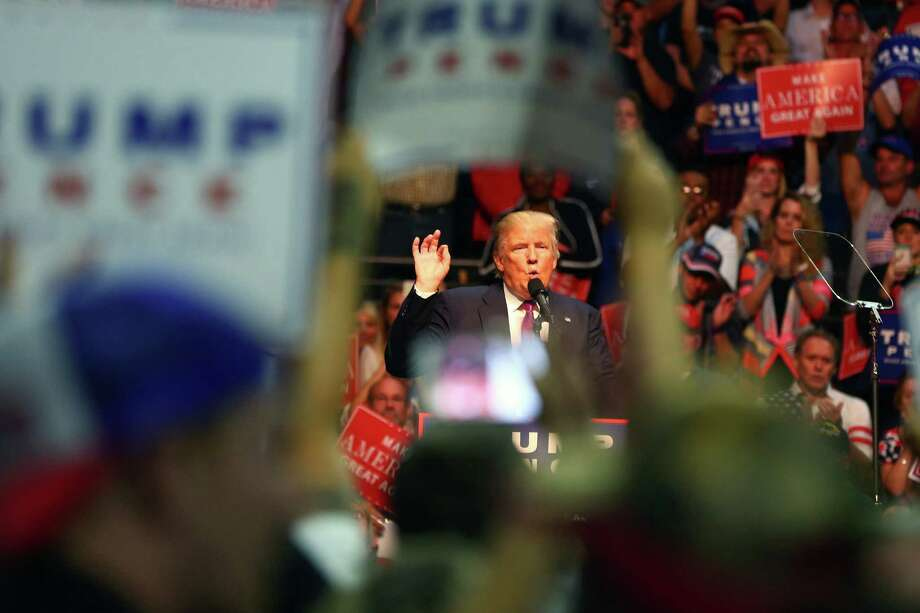 """President Trump on deaths from reopening America. Will some people be affected? Yes. Will some people be affected badly? Yes. But we have to get our country open and we have to get it open soon."""" Photo: GENNA MARTIN, SEATTLEPI.COM / SEATTLEPI.COM"""