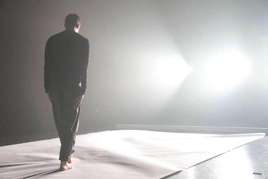 """Jonah Bokaer: ""Three Cases of Amnesia"" Photo: Michael Hart"
