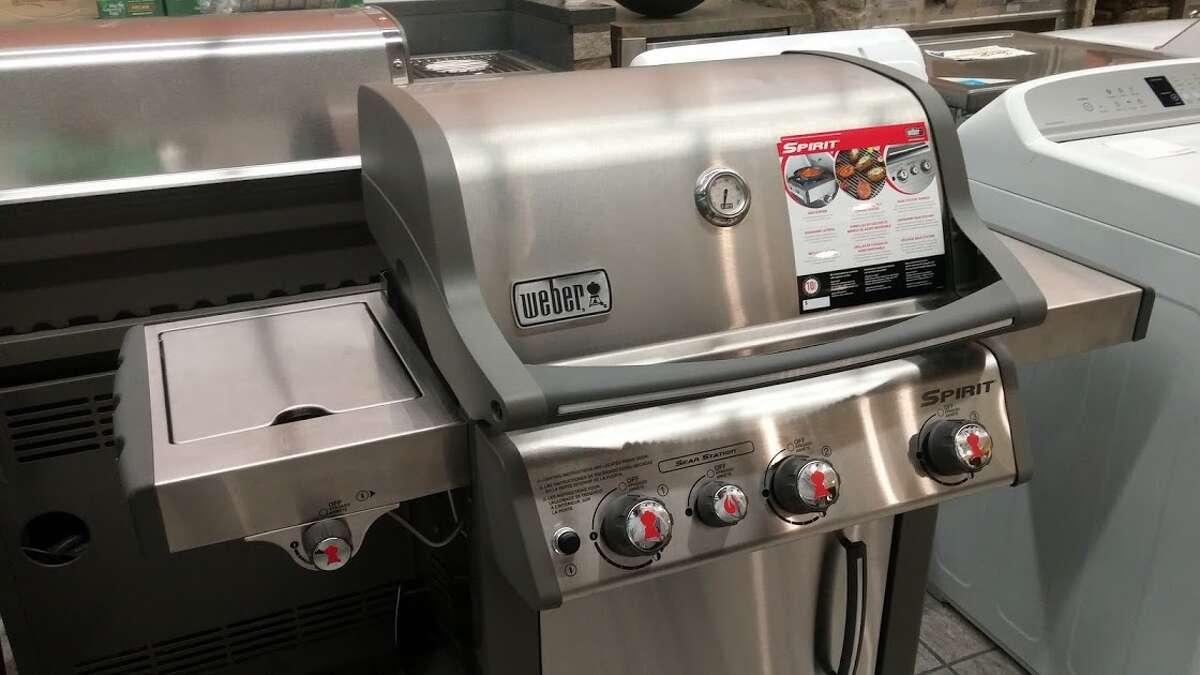 Gateway gear, a portable gas grill.