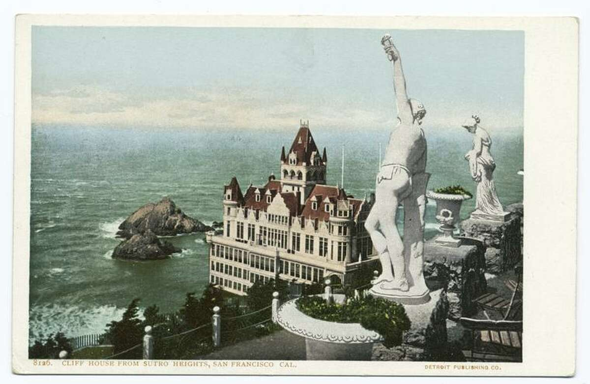 A postcard from the Detroit Publishing Company shows the Cliff House from Sutro Heights.